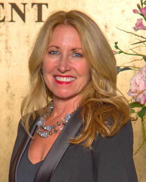 Florida Public Relations Association Honores Sheryl Vieira